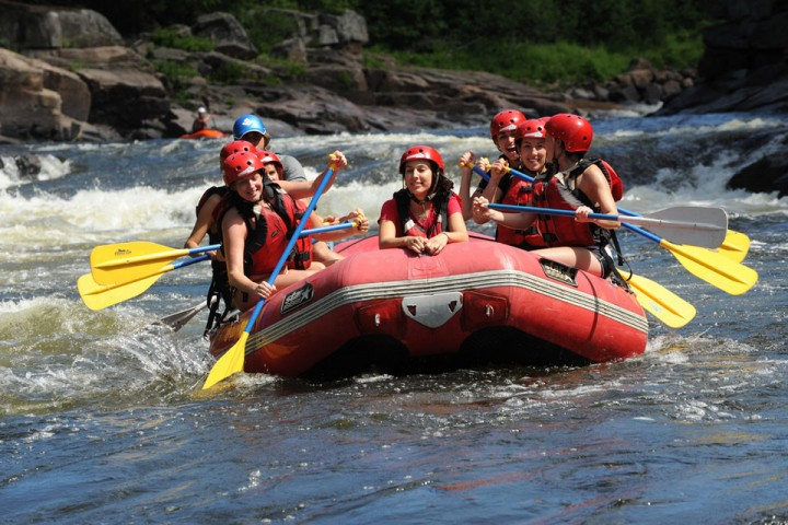 b-propulsion-rafting-riviere-rouge-1