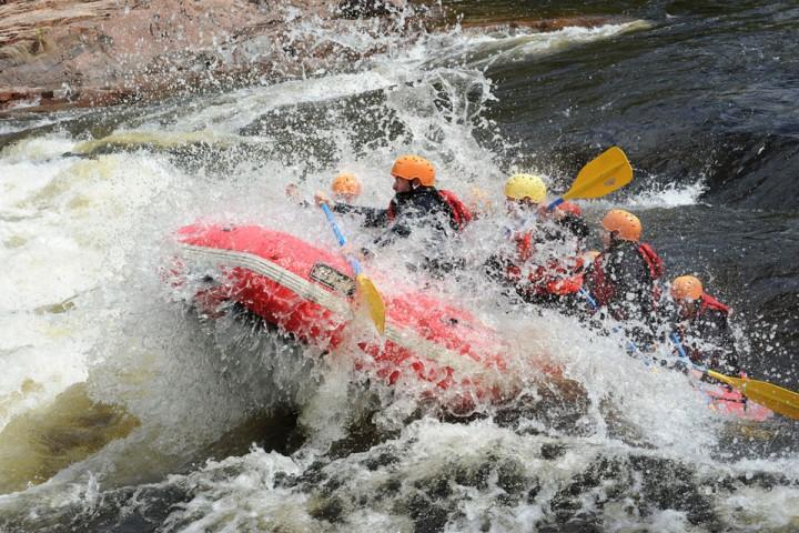 b-propulsion-rafting